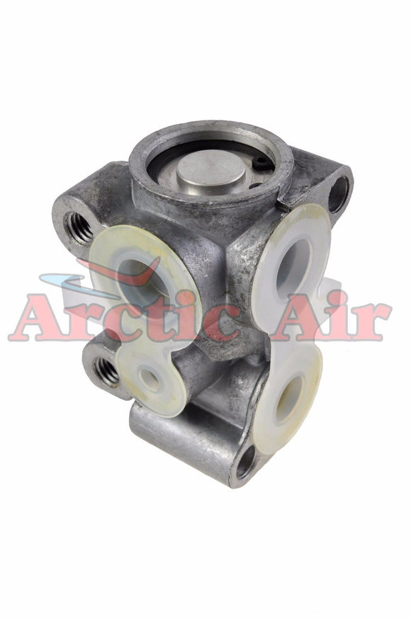38898 A/C Block Expansion Valve for Saturn SC/SL/SW Models front view