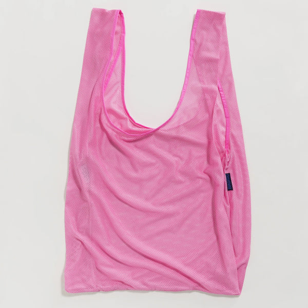 Baggu reusable bag in Mesh Material and a bright pink color