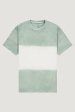 Afbeelding in Gallery-weergave laden, Kultivate Tshirt Dip in Granite Green