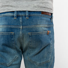 Afbeelding in Gallery-weergave laden, 5032 Tapered fit Jeans