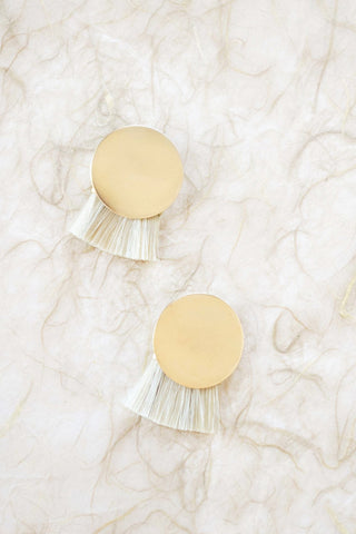 anna monet iris earring in natural