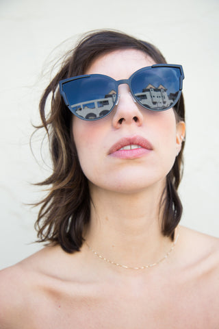 quay game on sunglasses in black
