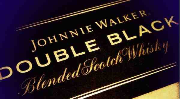 Johnnie Walker Double Black Label Scotch Whisky - De Wine Spot | Curated Whiskey, Small-Batch Wines and Sake Collection  - 2