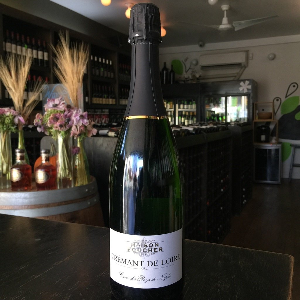 Maison Foucher Cuvee de Roys de Naples Cremant de Loire Brut - De Wine Spot | Curated Whiskey, Small-Batch Wines and Sakes