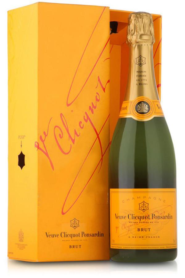 Veuve Clicquot Brut Champagne - De Wine Spot | Curated Whiskey, Small-Batch Wines and Sake Collection  - 2