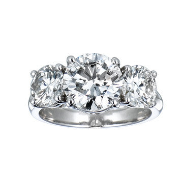 Platinum 3-Stone Round Brilliant Diamond Ring