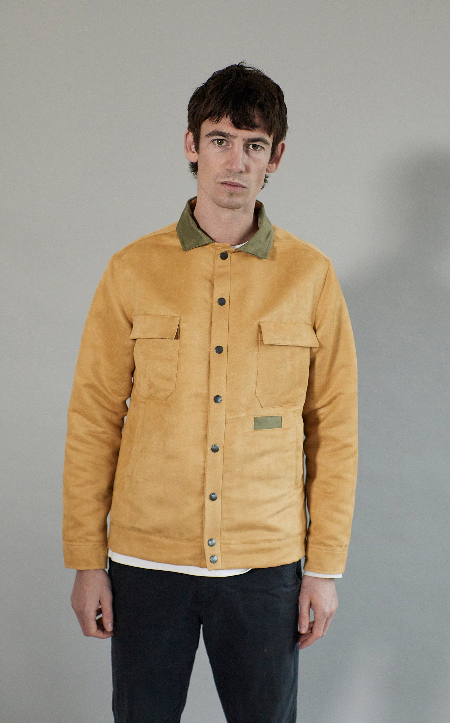 Suede Overshirt | Maize Suede With Forest Collar