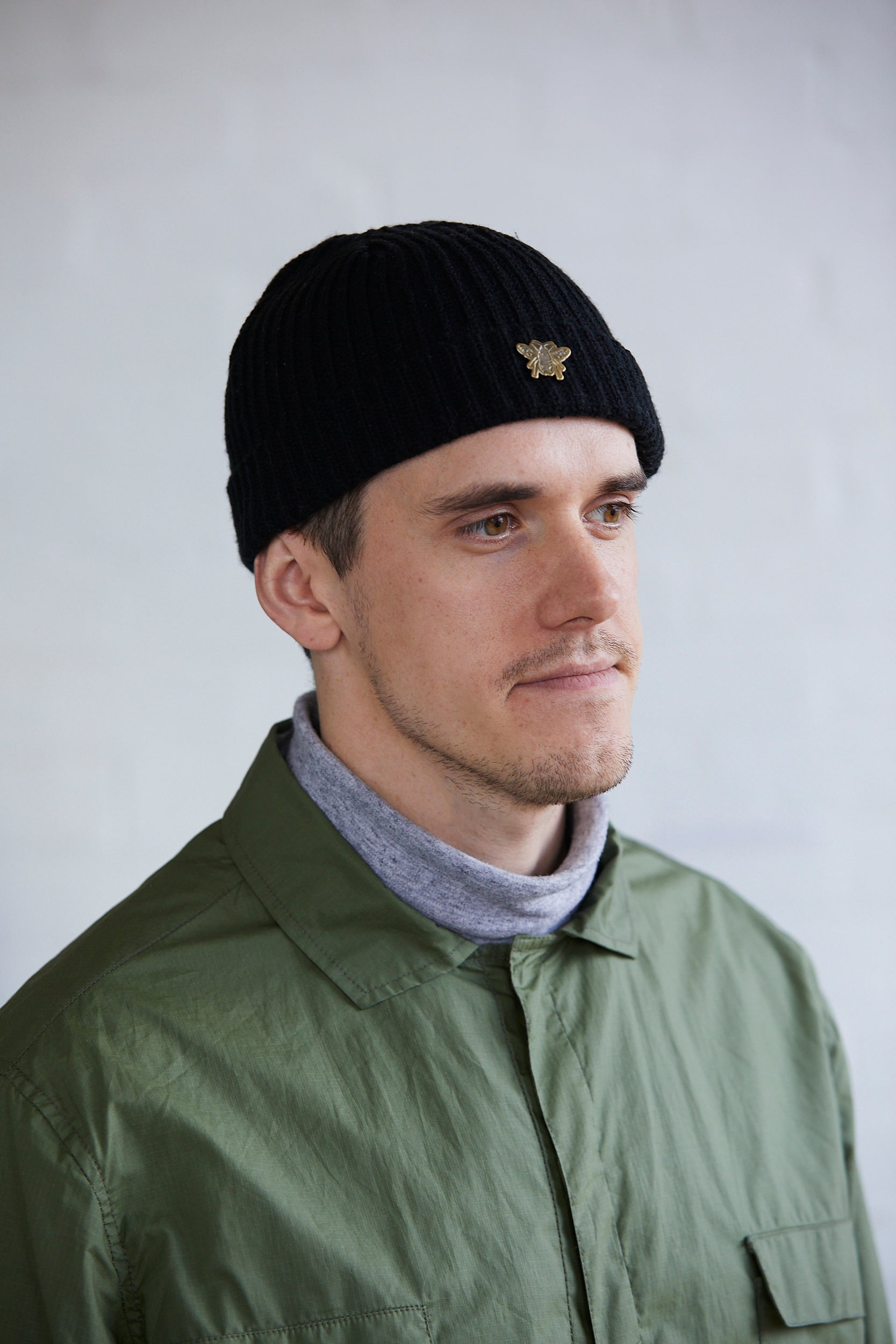 BEE Pin Trawler Beanie - Black