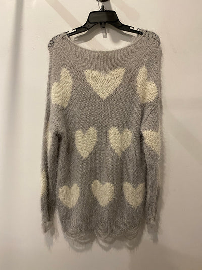 Easel Grey/White Heart Sweater