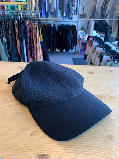 Lululemon Black Perforated Cap