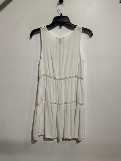 F21 White Crinkle Teir Dress