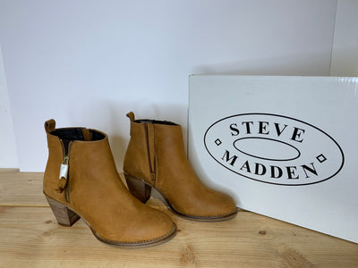 Steve Madden Tan Ankle Boot
