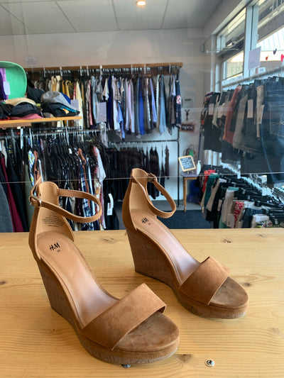 H&M Tan Cork Wedges