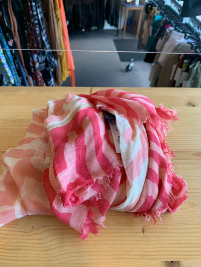 Moment Pink Pattern Scarf