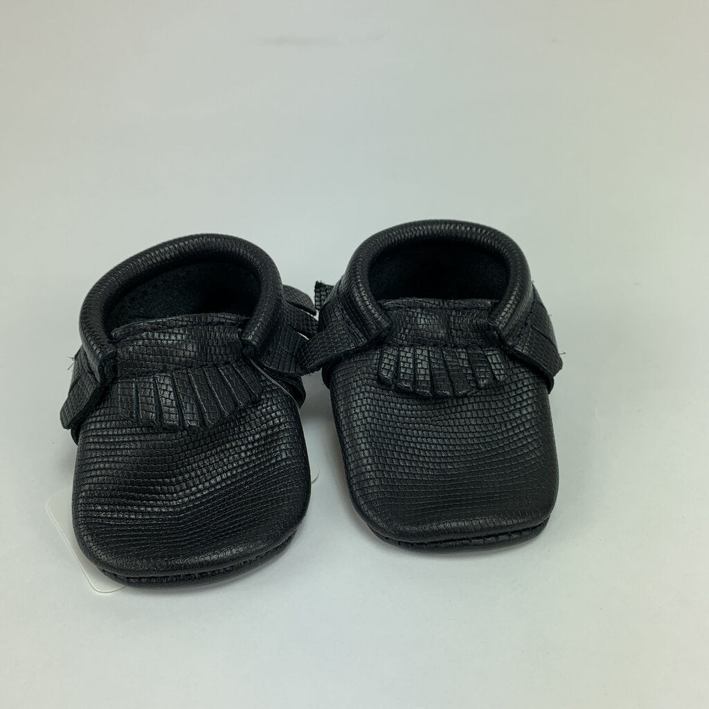 Freshly Picked Moccasins SIze 2 Baby - SeeSaw Childrens Consignment
