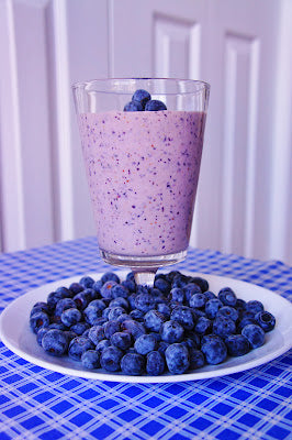 blueberry protein smoothie