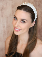 Load image into Gallery viewer, Angelica Pearl Headband - Alice & Blair