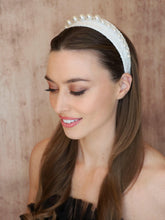 Load image into Gallery viewer, Angelica Pearl Headband Headband - Alice and Blair