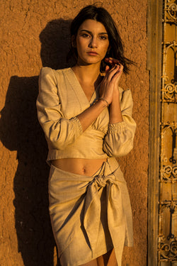 Beige linen crop-top