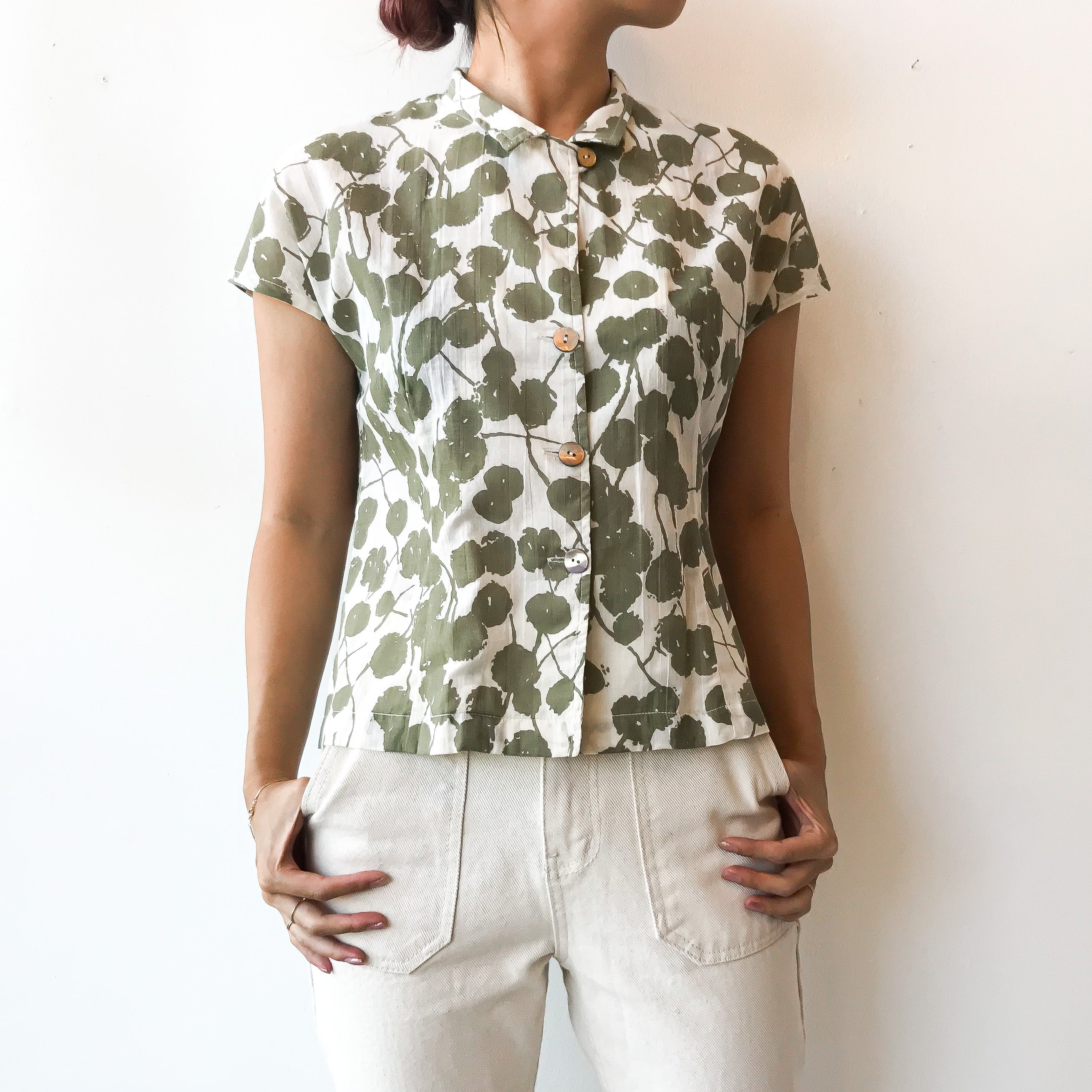 Sasaki Gallery | SSK 23A FRENCH SLEEVE BLOUSE FLORAL - GREEN