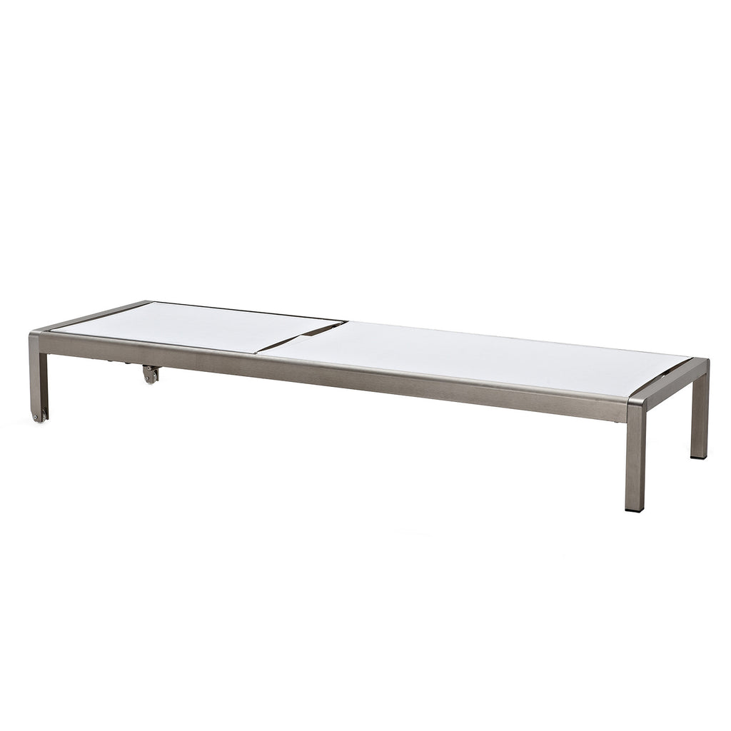 M200 Outdoor Chaise Lounge (Color Options)