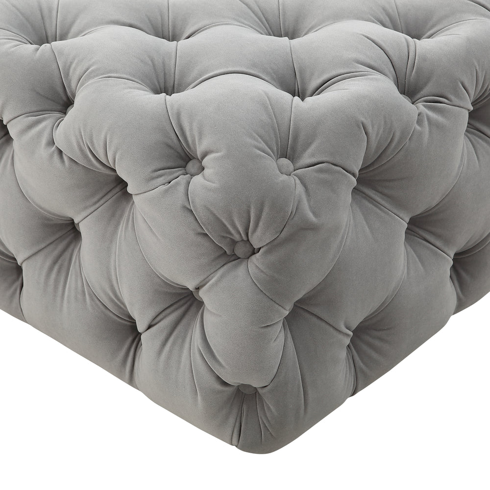 M73 Tufted Bench In Velvet