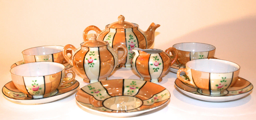 Vintage LusterWare Child's Tea Set - Vintage Swag Chics