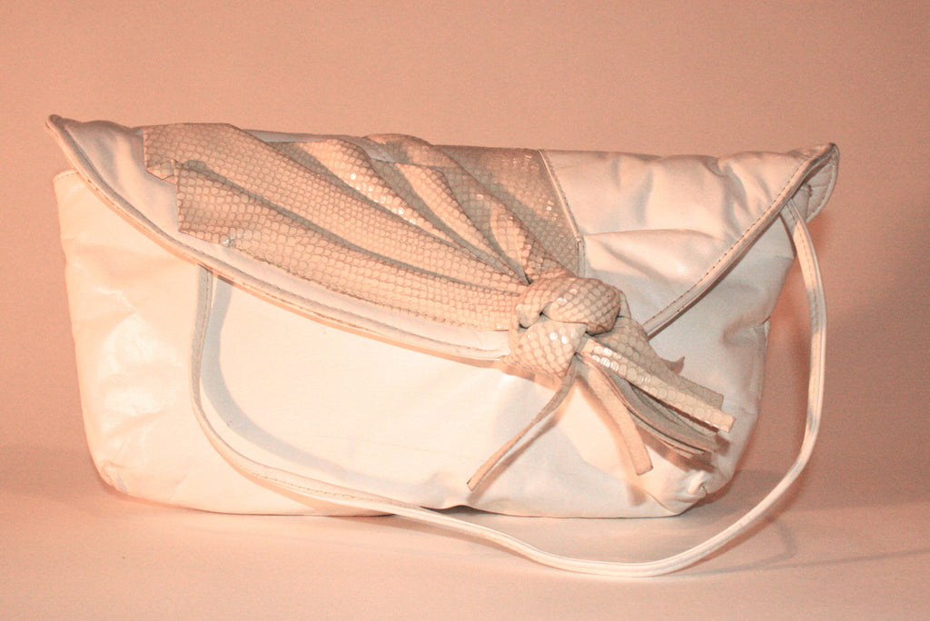 Vintage White Leather Clutch Style Handbag - Vintage Swag Chics