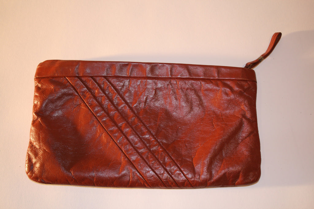 Classic 80s Leather Clutch - Vintage Swag Chics
