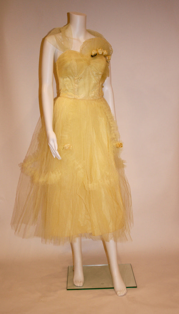 Vintage 50s Yellow Tulle and Satin Gown - Vintage Swag Chics