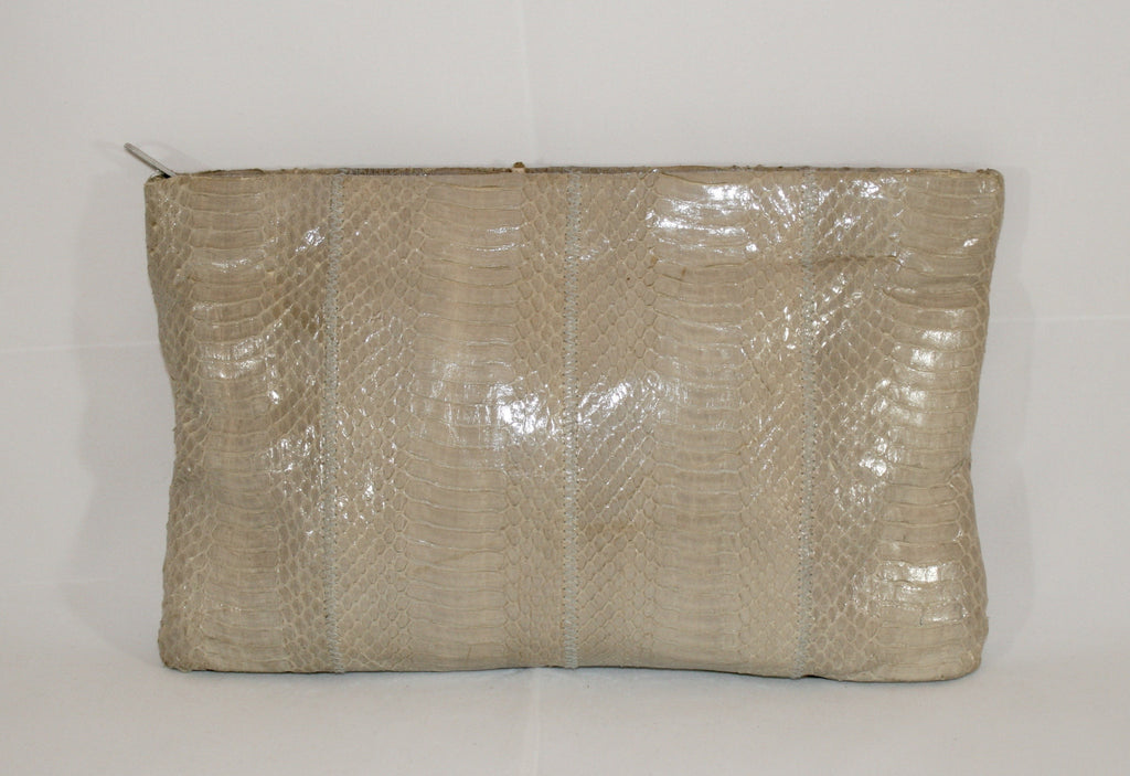 Perfect Taupe Vintage Snake Skin 80s Clutch - Vintage Swag Chics