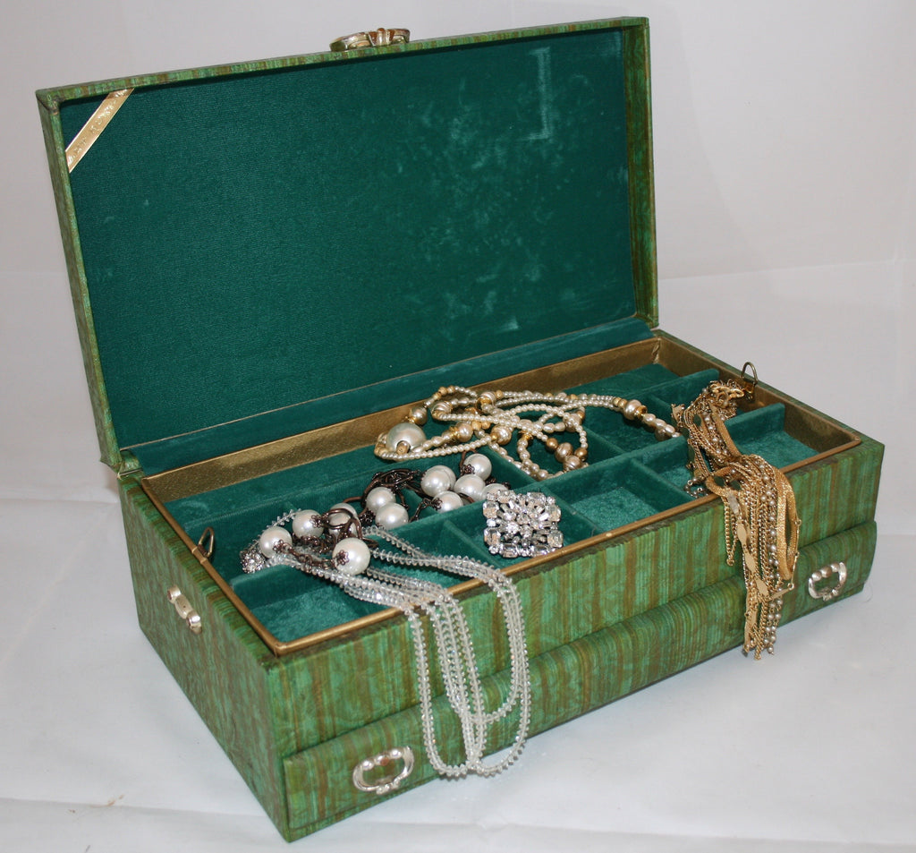 Lady Buxton Mid Century Vintage Jewelry Box - Vintage Swag Chics