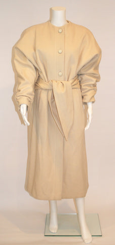 1980s Vintage Nipon Coature Cream Wool Coat