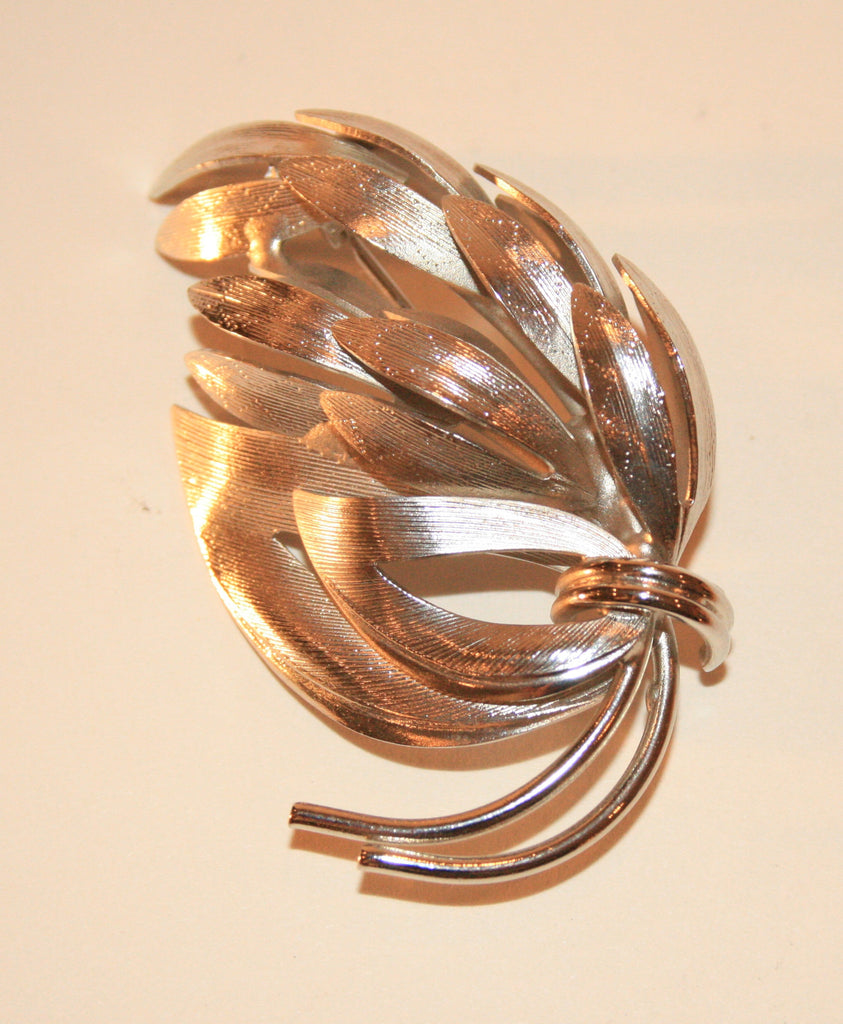 1970s Bouquet of Leaves Pin - Vintage Swag Chics
