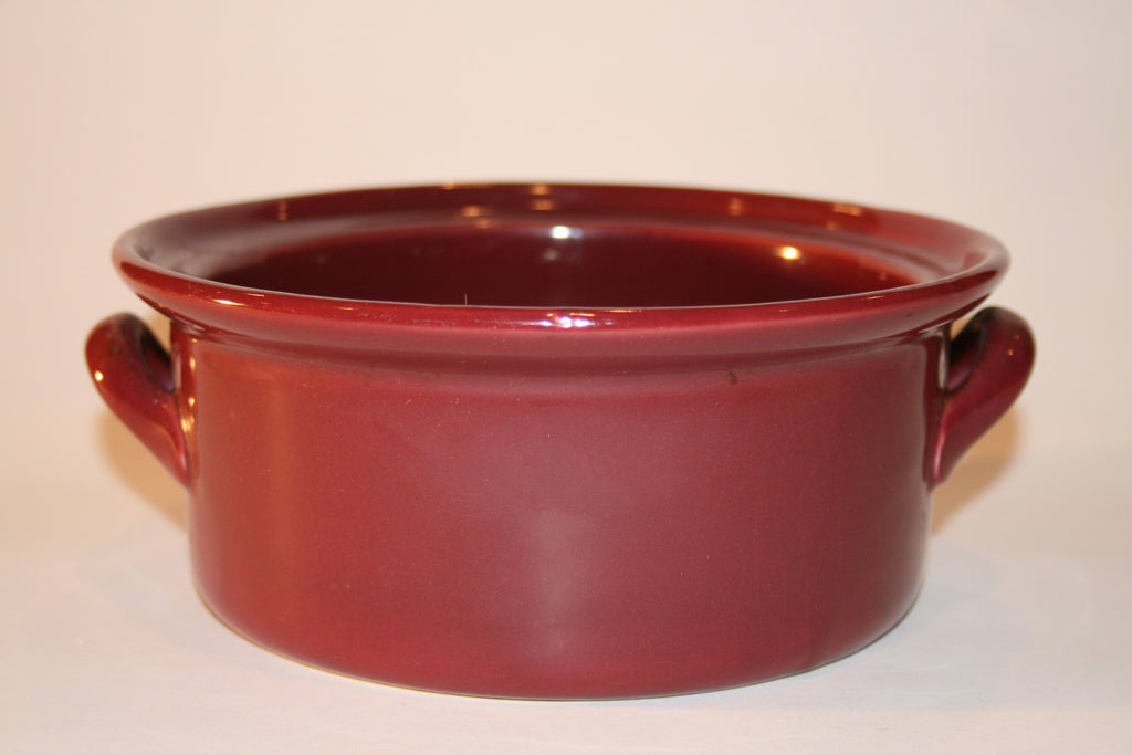 1935 Hall Pottery Casserole - Vintage Swag Chics
