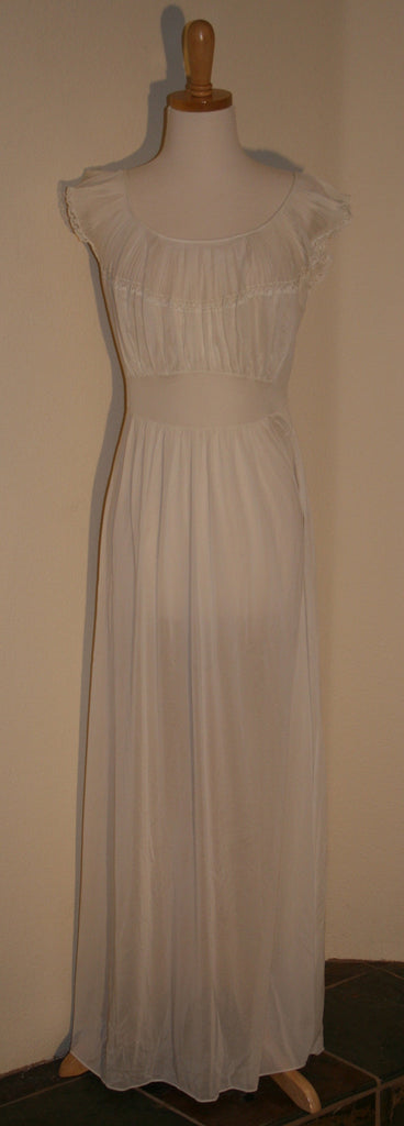 1940s Nightgown - Vintage Swag Chics