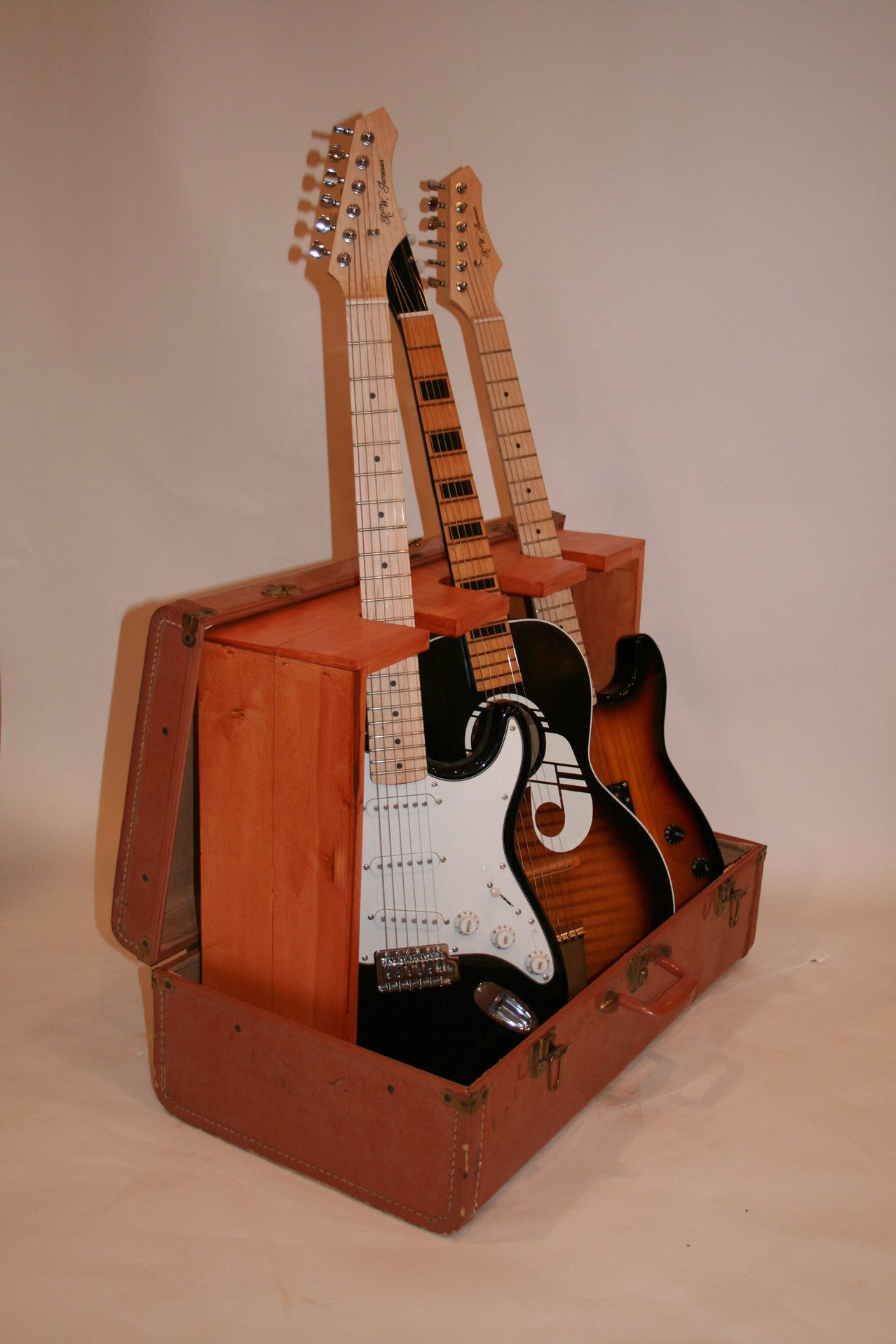 Vintage Suitcase, guitar case