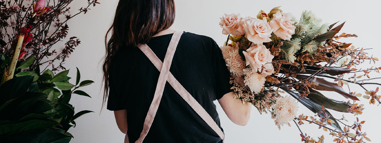 HOW TO | Styling flowers inspired by Mustard and Fawn