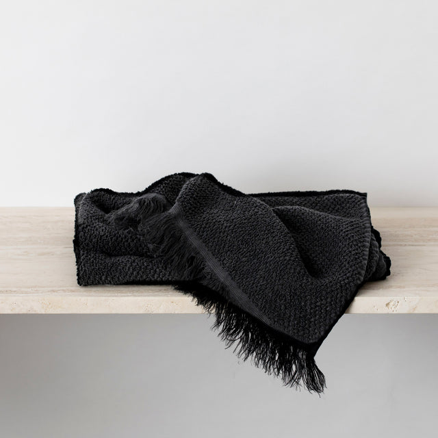 Pure Linen Bath Towel in Black