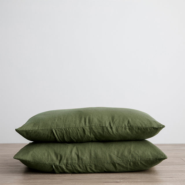 Set of 2 Linen Pillowcases in Forest
