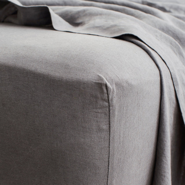 Linen Fitted Sheet - Charcoal Grey