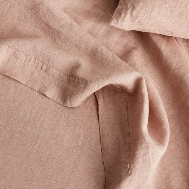 Detail image of Fawn Linen Flat Sheet and Pillowcase.