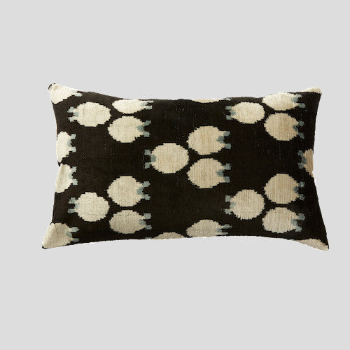 Savur Silk Velvet Cushion