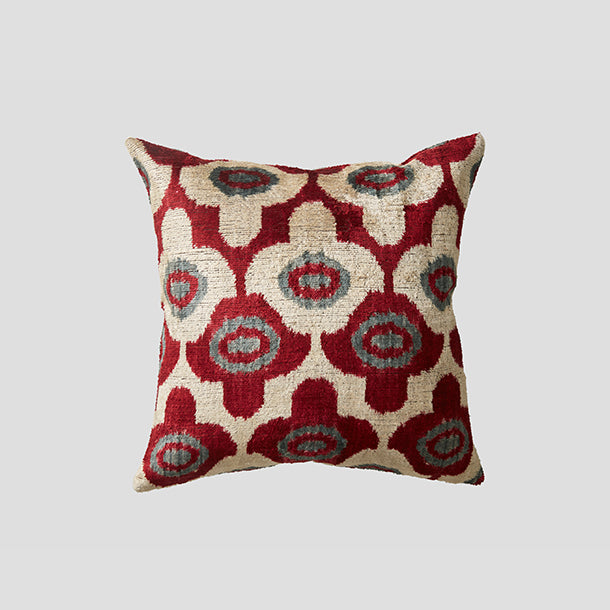 Yuzu Kizarmak Silk Velvet Cushion