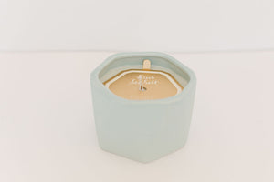 Fresh Sea Salt Ceramic Candle 4.7oz