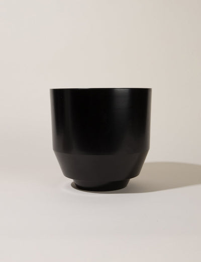 "8"" Spun Planter in Black"