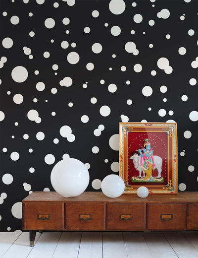 Space Dots Contrast