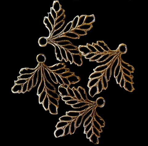 Three Leaf Filigree Drop