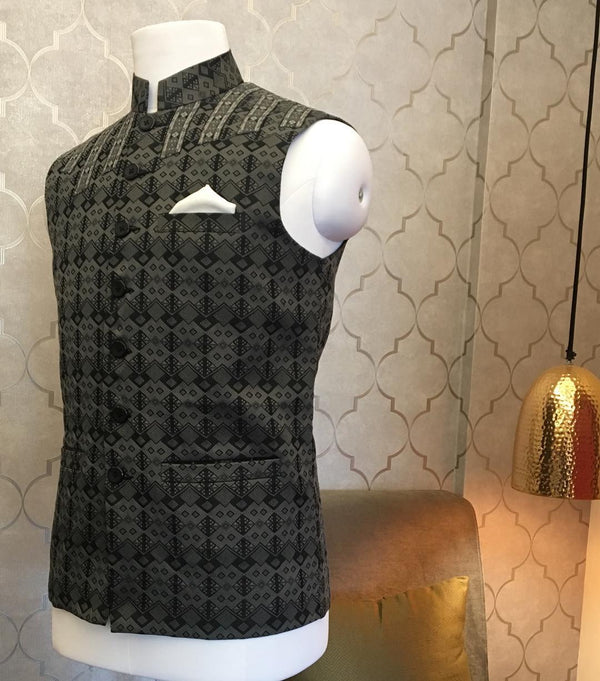 STAND COLLAR MEN SLEEVELESS JACKET