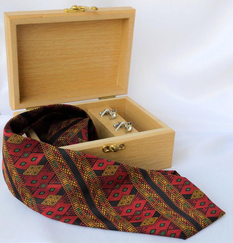 NECKTIE IN ALLOVER SAIPIKHUP WITH WOODEN GIFT BOX & CUFFLINK
